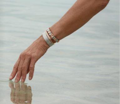 Armbånd med magneter fra Magnethjerte